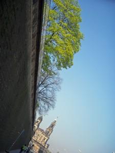 Terrassenufer( 段々になった 河畔 )